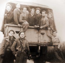 2-Rifka-Krol-sul-camion